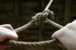 На Прикарпатті 16-літній хлопець повісився у своєму домі