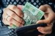 В Івано-Франківську борються із зарплатами у конвертах