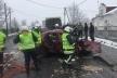 На Івано-Франківщині з понівеченого авто витягнули дитину