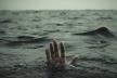 Страшна знахідка: на Прикарпатті рятувальники витягли з річки труп
