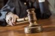 На Прикарпатті суд закрив провадження щодо колишнього прокурора, який взяв 2000 доларів хабаря