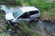 ДТП на Коломийщині: авто врізалось у відбійник та злетіло в кювет