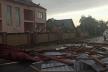 На Прикарпатті в результаті негоди будівлі залишились без даху