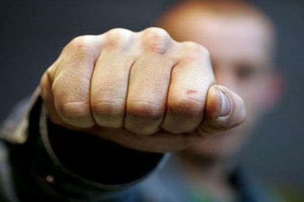 У Надвірній декілька чоловіків спричинили бійку в кафе