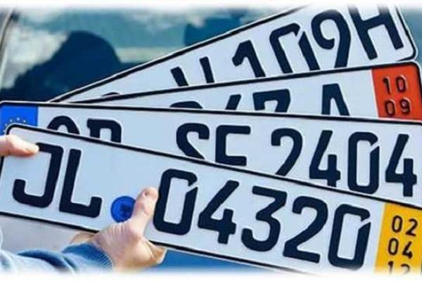 На Прикарпатті автомобіль на євробляхах потрапив у ДТП