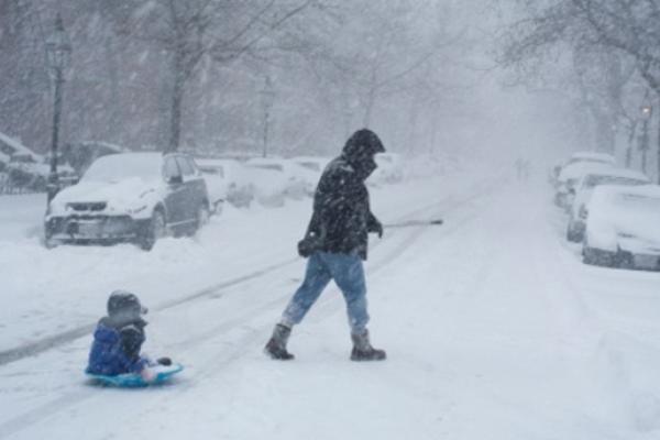 Через сильний сніг та ожеледь в Івано-Франківську травмувалося декілька людей