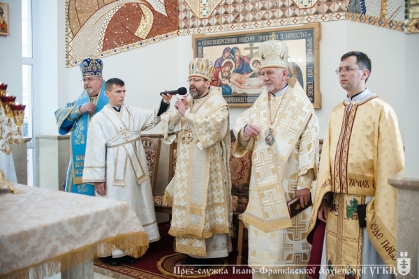 Блаженніший Святослав звернувся до франківців і благословив наріжний камінь під будівництво дитячого садочка