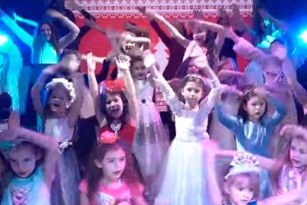 Франківці створили новорічний кавер найпопулярнішої пісні світу у 2017 році - Despacito (Відео)