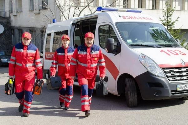 Неправильний виклик швидкої у Франківську може закінчитися штрафом