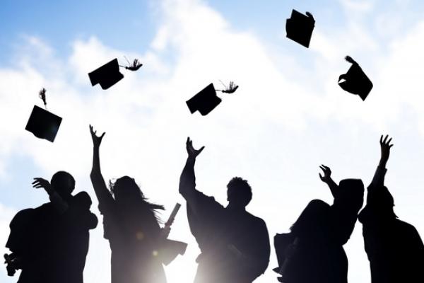 На Прикарпатті лише 9% випускників отримали направлення на роботу після навчання. Статистика