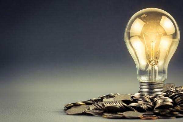 Розрахунки за електроенергію: Що варто знати прикарпатцям?