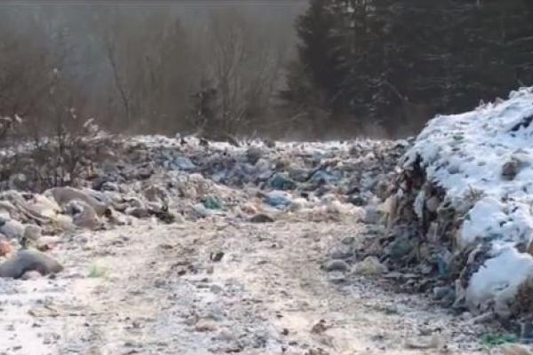 Через сміття на Верховинщині назріває екологічне лихо