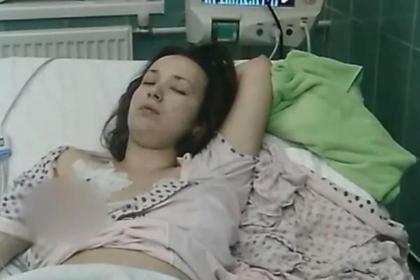 Рідні померлої від кору 25-річної жительки Прикарпаття оскаржили офіційну причину смерті