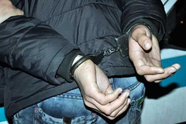 В Івано-Франківську перехожі затримали нічного грабіжника