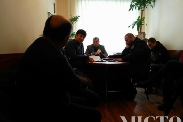Працівниця «Івано-Франківський хлібокомбінат» відбуває покарання на заводі, бо скаржиться на зарплату і погані умови