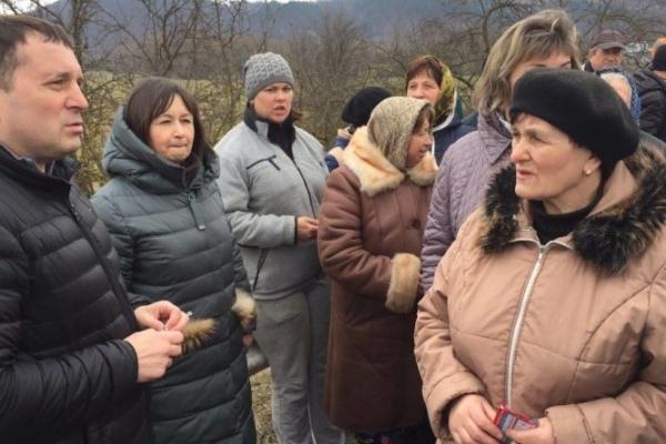 Акція «Зупинимо будівництво ГЕС на Дністрі» об'єднала дві області в селі Нижнів (Фото, відео)