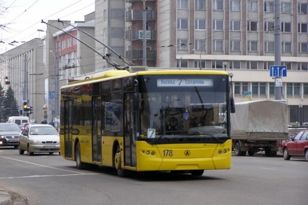 Франківський «Електроавтотранс» скасовує два нерентабельні тролейбусні маршрути
