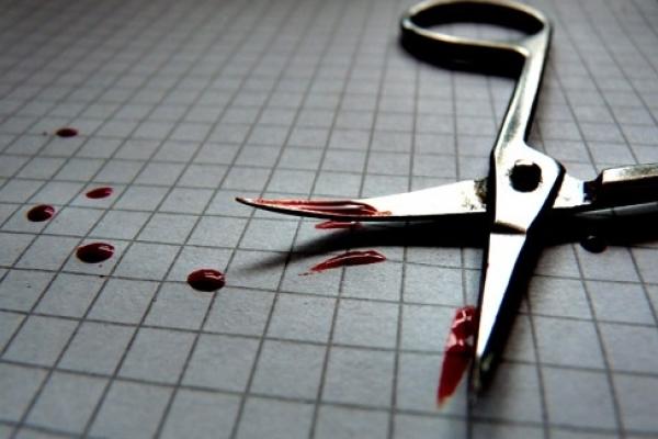 Вбив ножицями: Прикарпаття сколихнуло жахливе вбивство
