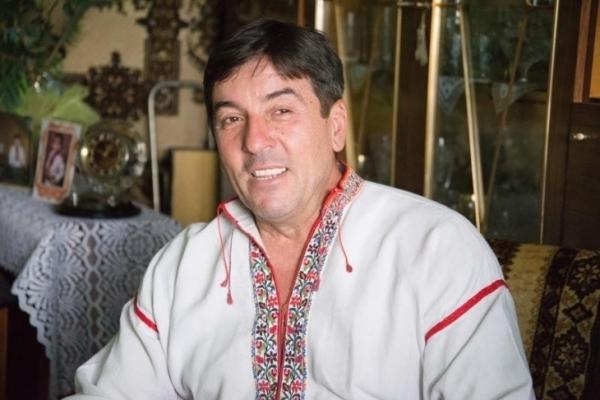Нардеп з Івано-Франківщини вимагає заборонити козакам рекламувати горілку