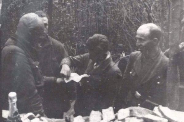Ковбаси в лісових колибах: де повстанці УПА Великдень святкували
