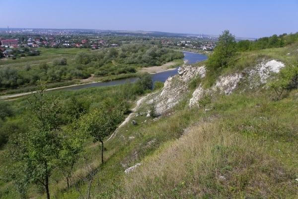 В Івано-Франківську за 85 тисяч євро на Вовчинецьких горах зроблять оглядовий майданчик, рекреаційну та дитячу зони
