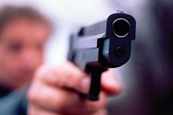 В Івано-Франківську затримано чоловіка, який стріляв в одному з дворів міста