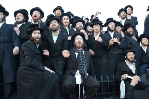 Чому євреї-хасиди з'їжджаються до прикарпатського Косова?