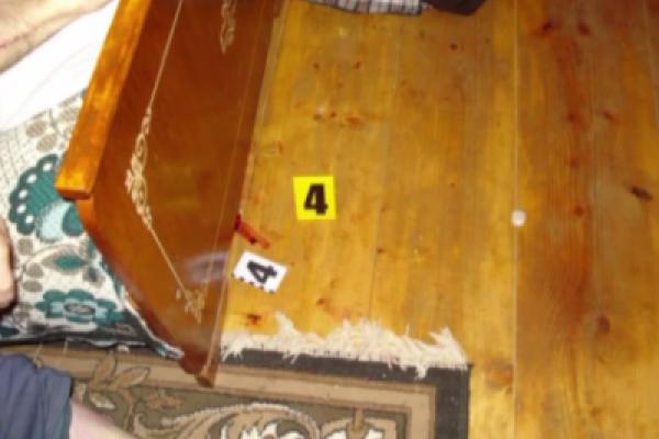 Резонансне вбивство на Прикарпатті: донька вбила батька та хотіла надурити лікарів