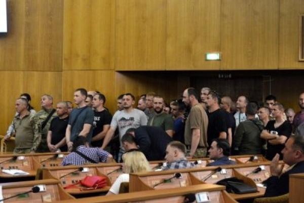 В Івано-Франківську атовці і депутати пересварились через земельну ділянку
