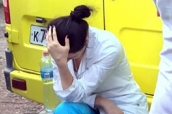 У Калуській райлікарні рідні пацієнтки напали на персонал (Відео)