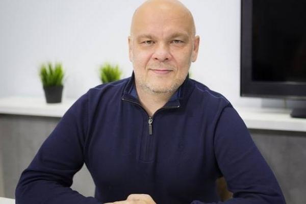 У Івано-Франківську маршрутка ледь не вбила відомого журналіста