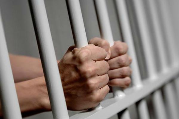 В Івано-Франківську 25-річного чоловіка за збут наркотиків взяли під варту