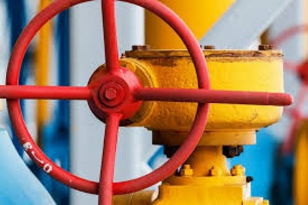 На Прикарпатті близько 1500 будинків самі «врізалися» у газову трубу (Фотодоказ)