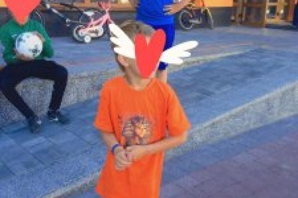 У Франківську хлопчик викликав поліцію, бо йому на голову вилили воду