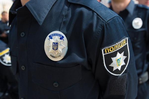 У Франківську поліцейські затримали грабіжника за дві години після злочину