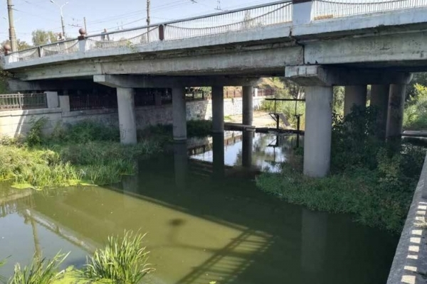 Нещасний випадок на Прикарпатті: 28-річний чоловік стрибнув з мосту