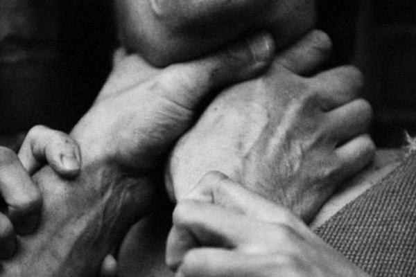 На Прикарпатті пенсіонер задушив свою дружину, бо та назвала його москалем і захищала Савченко