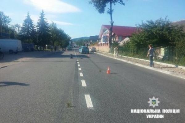 У Надвірній під колесами автомобіля загинула жінка-пішохід