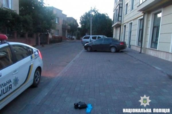 В Івано-Франківську підлітки побили та пограбували іноземця