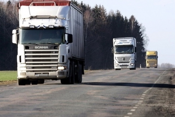 На Прикарпатті власників фур, які їздили перевантаженими, оштрафували на понад 600 тисяч гривень
