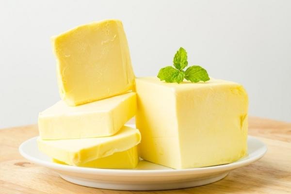 Перевірка підтвердила факт виробництва фальсифікованого масла на Прикарпатті