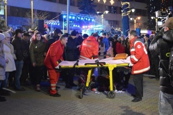 Травмування студентки під час відкриття новорічної ялинки: у Франківську вирішили судити підприємця