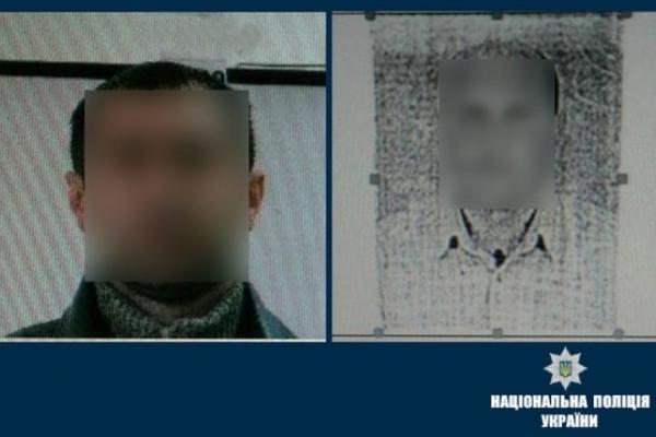 На Прикарпатті поліція затримала двох підозрюваних у вчиненні злочинів