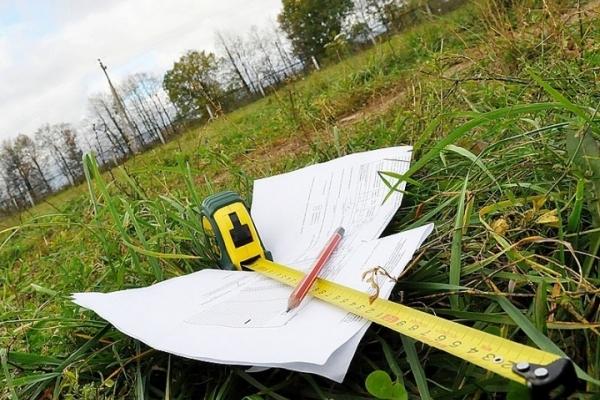 На Івано-Франківщині учасник АТО через землю побив старосту села