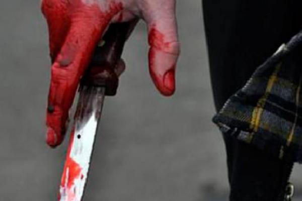 В Івано-Франківську п'яна жінка вночі вдарила чоловіка ножем