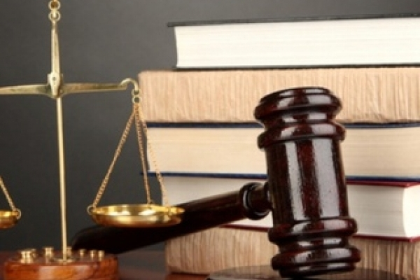 Калуська листоноша, яка привласнила пенсії та субсидії, відбулась умовним терміном