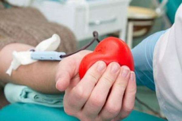 «Моя кров врятує Україну»: франківчан закликають долучитися до донорської акції