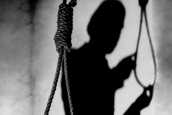 Батько повісився вслід за сином: стали відомі подробиці жахливої сімейної трагедії на Прикарпатті