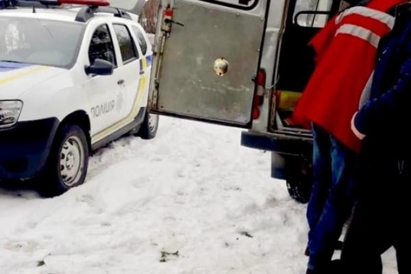 Поліцейські Франківщини врятували пенсіонера, який хотів покінчити з життям