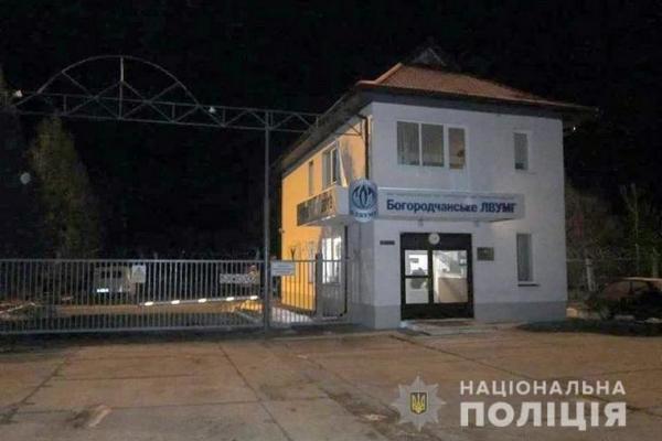 На Франківщині чоловік тричі мінував відділок поліції